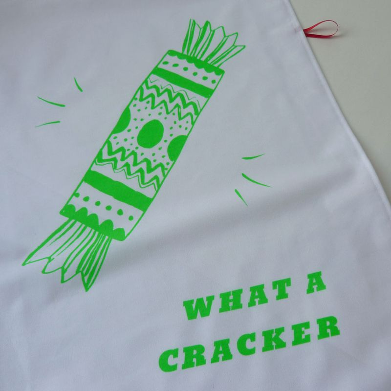 CrackerGreen02